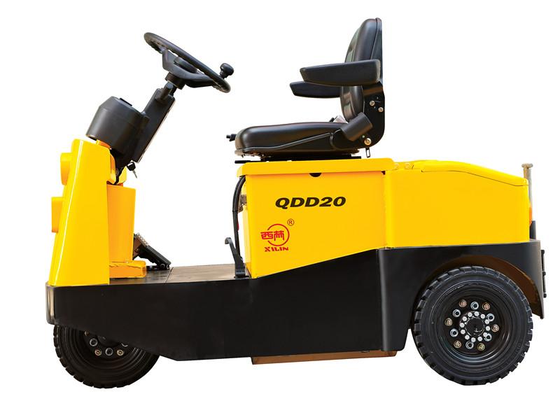 坐駕式牽引車QDD